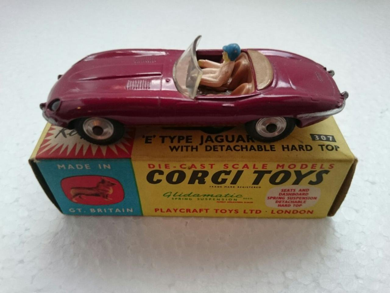 CORGI - JAGUAR E-TYPE