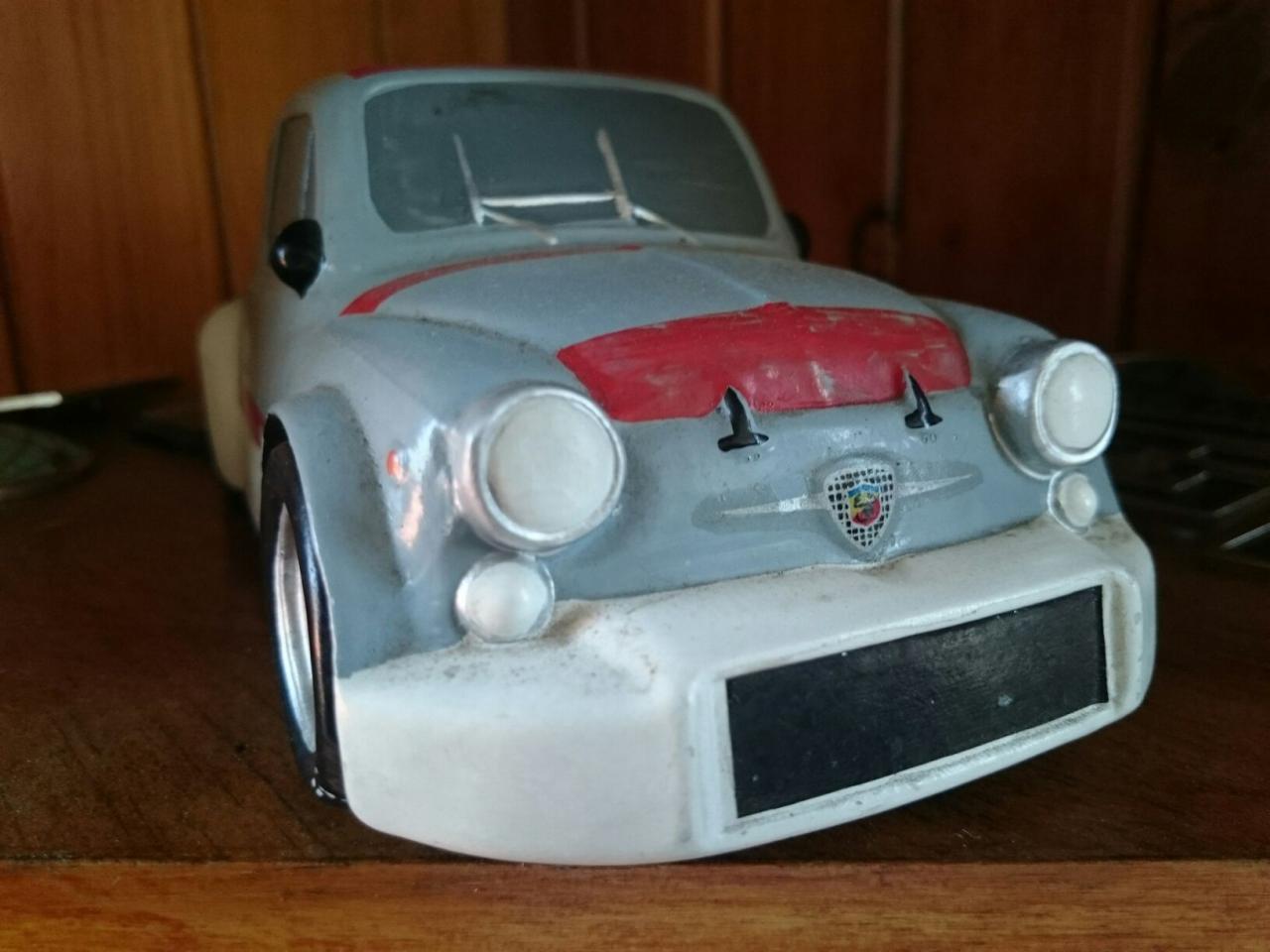 アバルト陶器製モデルカー