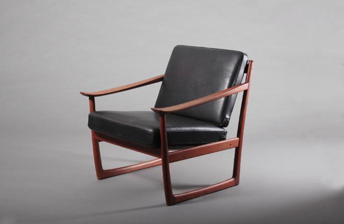 0Model 130 Easy Chair / Peter Hvidt & Ola Mølgaard-Nielsen