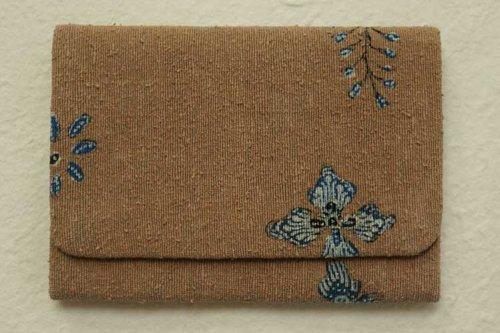 Reisia 手描きジャワ更紗 カード入れ(枇杷茶)