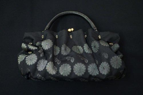 ガマ口型バック 織×絹(黒)