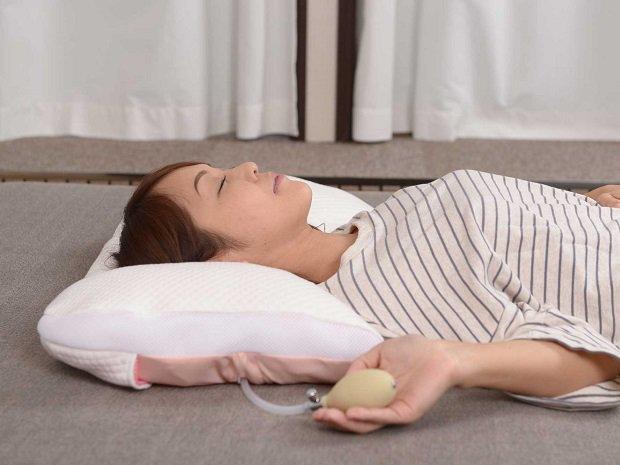 首も眠る枕 Couu くぅぅ