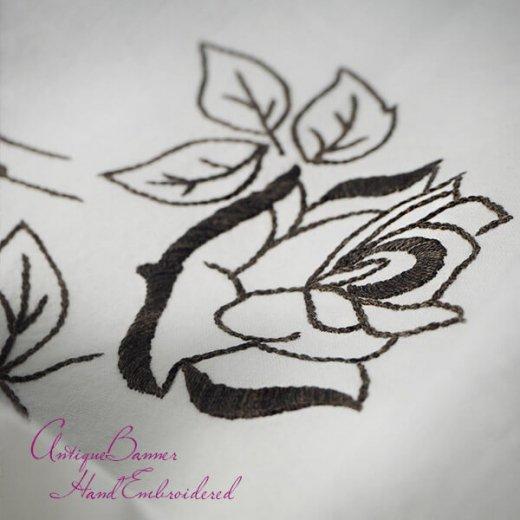 ベルギー 1900年代 アンティーク 薔薇 聖母マリア ゴシック 手刺繍 教会【画像3】