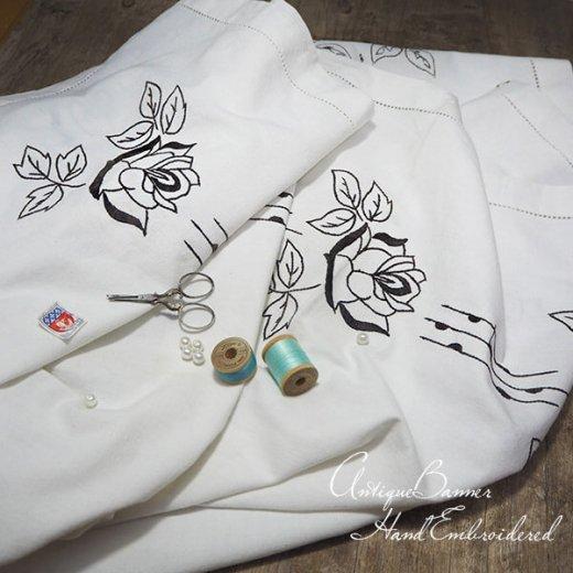 ベルギー 1900年代 アンティーク 薔薇 聖母マリア ゴシック 手刺繍 教会【画像5】