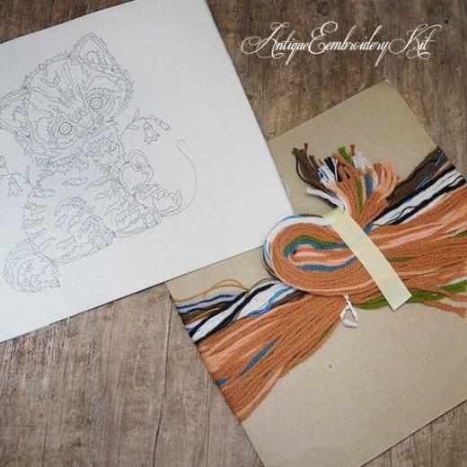 USA 1979年 ヴィンテージ 刺しゅうキット ネコ キャット柄【ベース生地・針2本・刺繍糸】【画像6】