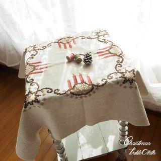 ドイツ クリスマス テーブルクロス(76×80)ヴィンテージ 【手刺繍 キャンドル・星】