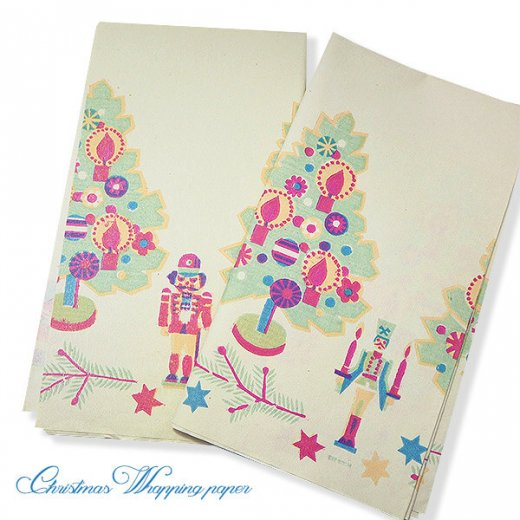 ドイツ クリスマス ヴィンテージ ラッピング包装紙 66×73cm【ツリーとくるみ割り人形】