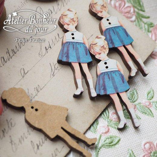 フランス輸入ボタン アトリエ・ボヌール・ドゥ・ジュール【青いスカートの女の子】【画像3】