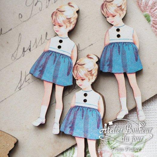 フランス輸入ボタン アトリエ・ボヌール・ドゥ・ジュール【青いスカートの女の子】【画像6】
