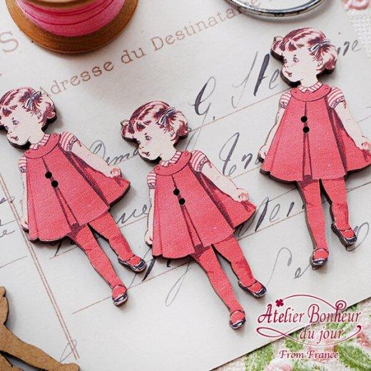 フランス輸入ボタン アトリエ・ボヌール・ドゥ・ジュール【赤い服の女の子】【画像3】