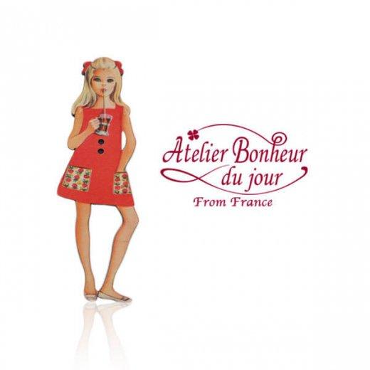 フランス輸入ボタン アトリエ・ボヌール・ドゥ・ジュール【赤いワンピースの女の子】