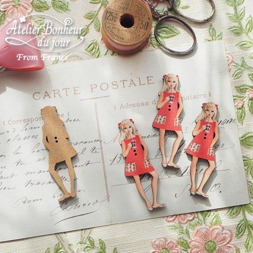 フランス輸入ボタン アトリエ・ボヌール・ドゥ・ジュール【赤いワンピースの女の子】【画像2】