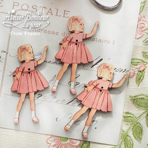 フランス輸入ボタン アトリエ・ボヌール・ドゥ・ジュール【ピンクドレスの女の子】【画像3】