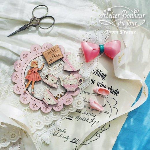 フランス輸入ボタン アトリエ・ボヌール・ドゥ・ジュール【ピンクドレスの女の子】【画像6】