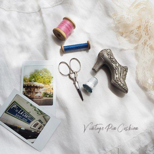 【送料無料】フランス蚤の市より 19世紀 ヴィクトリアン アンティーク 靴型 ピンクッション ローズ リボン(手芸素材/手芸用品)【画像4】