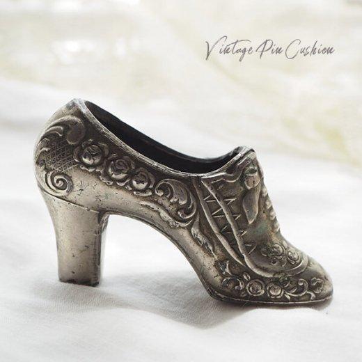 【送料無料】フランス蚤の市より 19世紀 ヴィクトリアン アンティーク 靴型 ピンクッション ローズ リボン(手芸素材/手芸用品)【画像6】