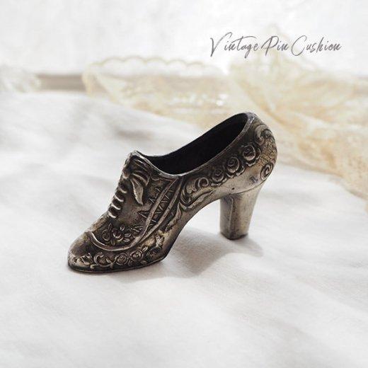 【送料無料】フランス蚤の市より 19世紀 ヴィクトリアン アンティーク 靴型 ピンクッション ローズ リボン(手芸素材/手芸用品)【画像7】