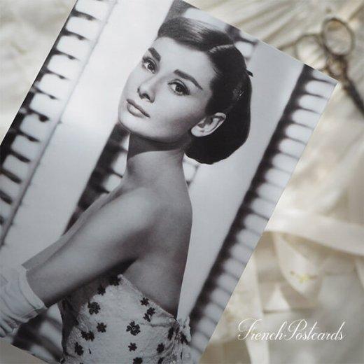 フレンチ ポストカード オードリー・ヘップバーン フラワー (Audrey Hepburn)【画像2】