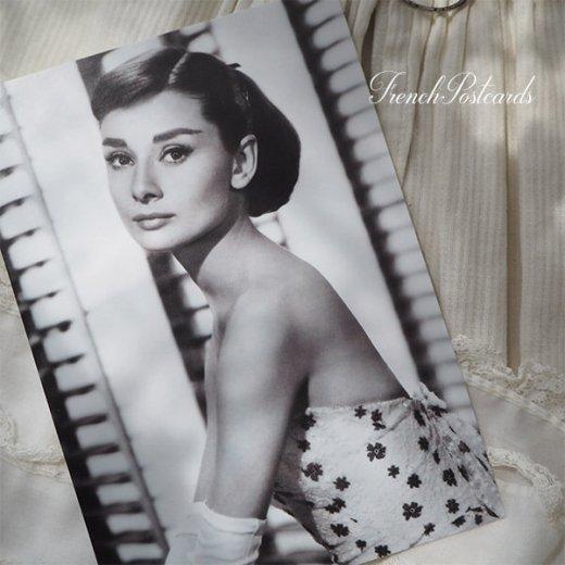 フレンチ ポストカード オードリー・ヘップバーン フラワー (Audrey Hepburn)【画像3】