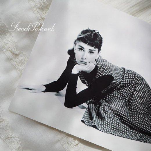 フレンチ ポストカード オードリー・ヘップバーン ドット柄ワンピース (Audrey Hepburn)【画像2】