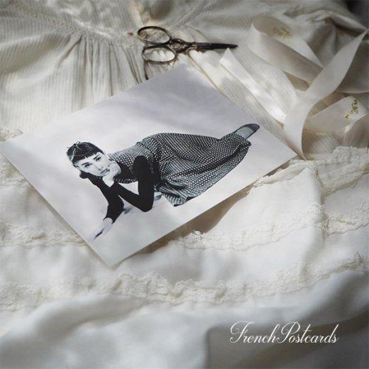 フレンチ ポストカード オードリー・ヘップバーン ドット柄ワンピース (Audrey Hepburn)【画像5】