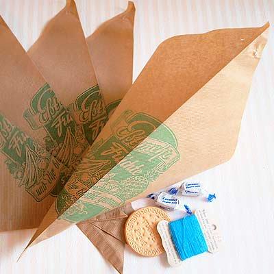 マルシェ袋 ドイツ 海外市場の紙袋 三角(フルーツA)5枚セット【画像2】