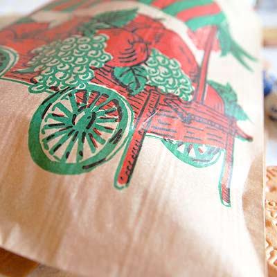 マルシェ袋 フランス 海外市場の紙袋(フルーツカートMサイズ)5枚セット【画像3】