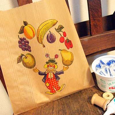 マルシェ袋 フランス 海外市場の紙袋(フルーツ道化師)5枚セット【画像2】