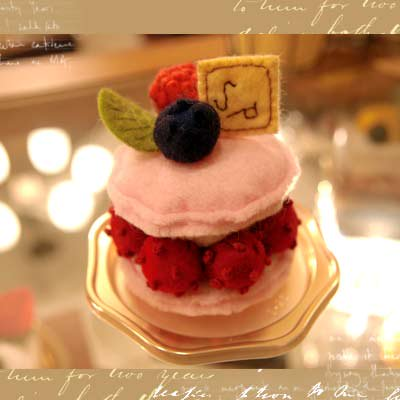 Pitit Four macaron cake - franboise(フランボワーズ)〜Sango-Papa【画像3】