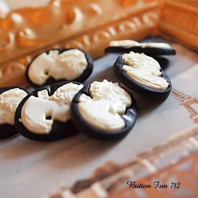 Dress It Up ボタン&パーツSet(Button Fun712 ボタンファン712)【画像3】