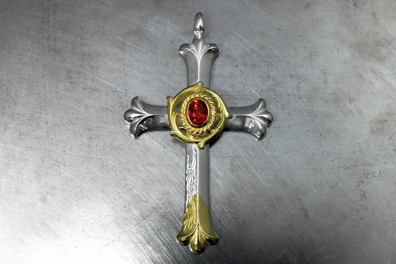 Arabesque design Cross・Wheel・Orange Sapphire