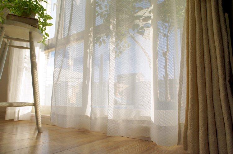 レースカーテン(寝室)