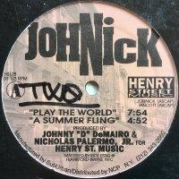 JohNick / Play The World