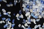 【高級天然石原石タンブル】デュモルチェライトインクォーツさざれ(研磨済み)100gセット