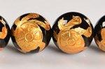【天然石彫刻ビーズ連】【四神獣】【金箔】【手彫り】★玄武★ブラックオニキス彫刻ビーズ1連約12mm