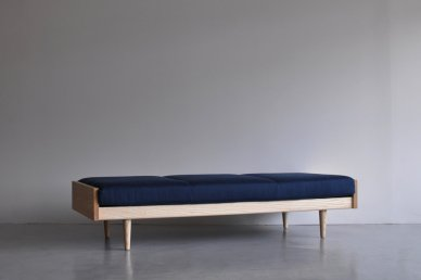 Day Bed Bench (blue) - ad(analogue from digital)