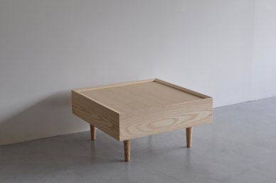 Day Bed Corner Table - ad(analogue from digital)