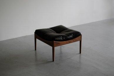 MODUS ottoman (walnut x BK leather) - Kristian Vedel