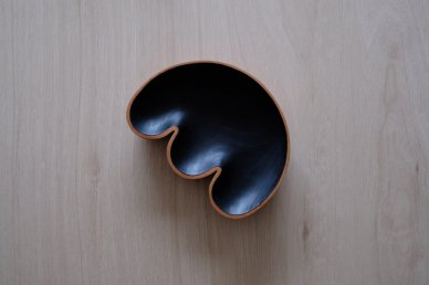 <img class='new_mark_img1' src='//img.shop-pro.jp/img/new/icons8.gif' style='border:none;display:inline;margin:0px;padding:0px;width:auto;' />Sculptural Bowl 003 - Foxwood Co・Casey Johnson
