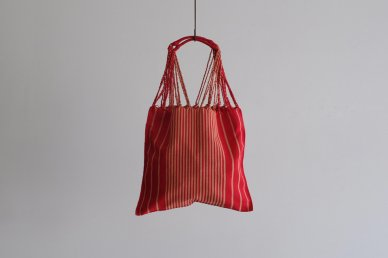 <img class='new_mark_img1' src='https://img.shop-pro.jp/img/new/icons8.gif' style='border:none;display:inline;margin:0px;padding:0px;width:auto;' />Hammock Bag (red)