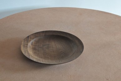<img class='new_mark_img1' src='https://img.shop-pro.jp/img/new/icons47.gif' style='border:none;display:inline;margin:0px;padding:0px;width:auto;' />Rim plate (walnut) - 盛永 省治(Shoji Morinaga)