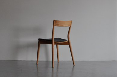 azuki chair (black cherry/cushion・tweed navy) - Keishi Yoshinaga
