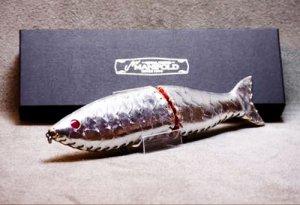 MANIFOLD(マニフォールド)/278 DE(デニイロベースの全長278mm)銀箔鱗型押し【赤目仕様】