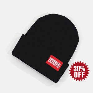 <img class='new_mark_img1' src='https://img.shop-pro.jp/img/new/icons34.gif' style='border:none;display:inline;margin:0px;padding:0px;width:auto;' />Swimbait Underground Logo Woven Label Beanie Black