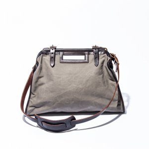 <img class='new_mark_img1' src='http://vasco.shop-pro.jp/img/new/icons13.gif' style='border:none;display:inline;margin:0px;padding:0px;width:auto;' />CANVAS��LEATHER CITY MAIL BAG