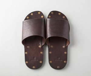 LEATHER TRAVEL SANDAL