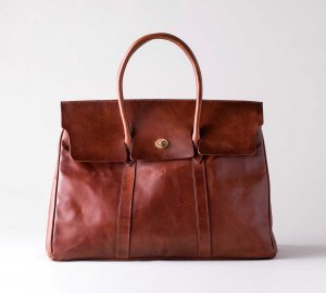 <img class='new_mark_img1' src='https://img.shop-pro.jp/img/new/icons13.gif' style='border:none;display:inline;margin:0px;padding:0px;width:auto;' />LEATHER SADDLE TOTE BAG