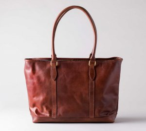 <img class='new_mark_img1' src='https://img.shop-pro.jp/img/new/icons13.gif' style='border:none;display:inline;margin:0px;padding:0px;width:auto;' />LEATHER NELSON TOTE BAG