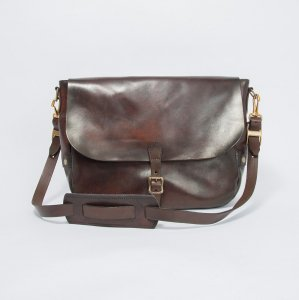 LEATHER POSTMAN SHOULDER BAG -LARGE(PLANE)