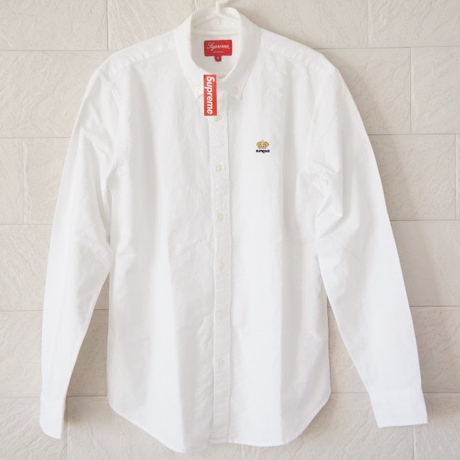 Supreme Oxford Shirt<img class='new_mark_img2' src='//img.shop-pro.jp/img/new/icons47.gif' style='border:none;display:inline;margin:0px;padding:0px;width:auto;' />